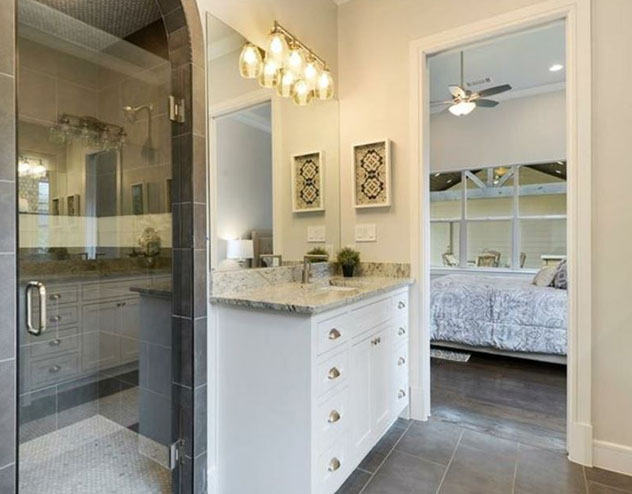 Cuttwood Construction Co. Remodeling Contractor, Remodeling Company and Bathroom Remodeling Contractor